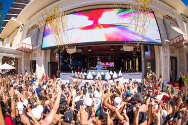 Encore Beach Club, Drai's Beachclub and more open March 2.